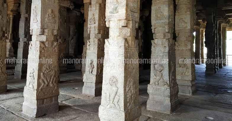 lepakshi-temple-inside