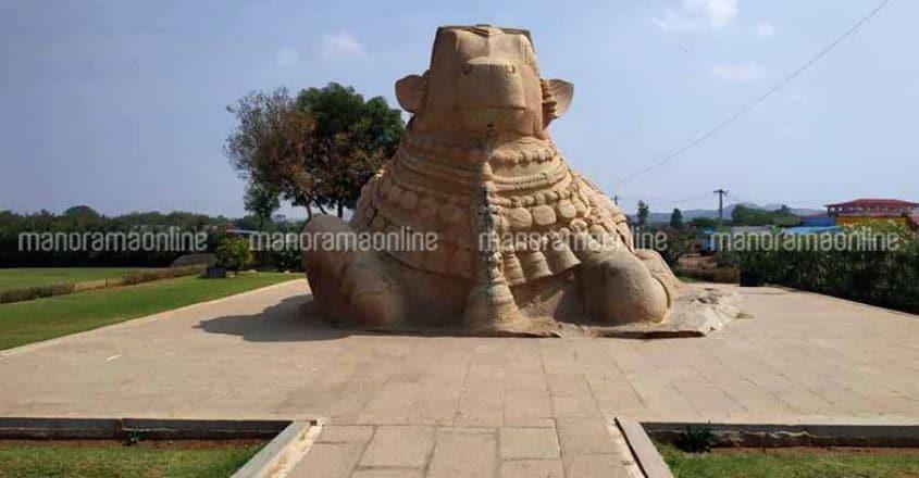 lepakshi-temple-nandi