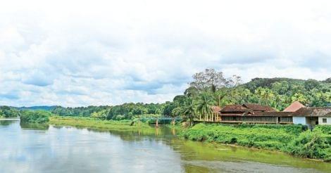 pazhur-river