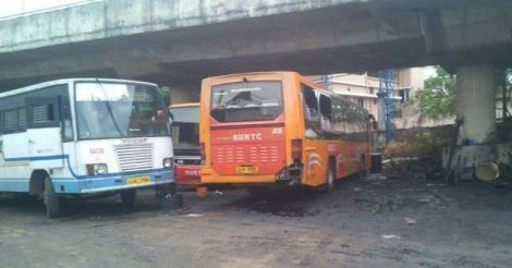 ksrtc-volvo-damage