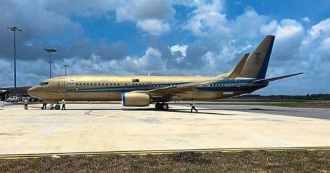 golden-plane