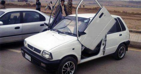 Maruti-800-scissor-doors
