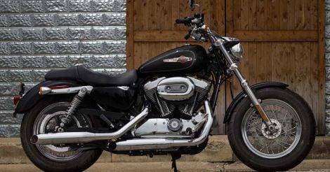 Harley-Davidson-1200-Custom-1