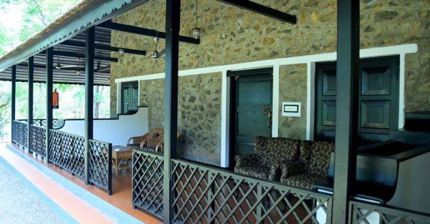 ktdc-lake-palace-resort-thekkady