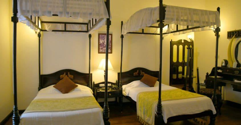 ktdc-lake-palace-thekkady-premium-double-room