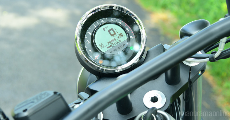 moto-guzzi-audace-test-ride-2
