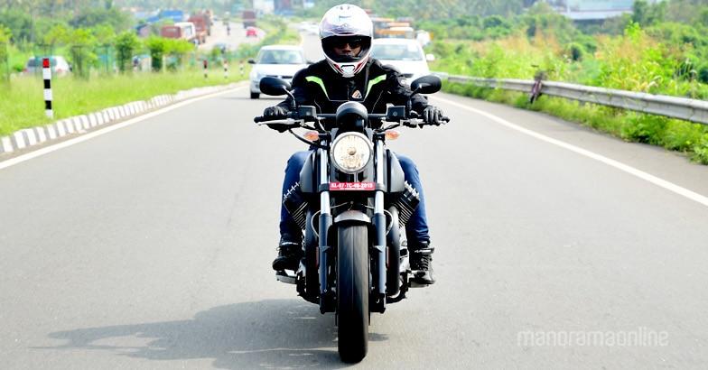 moto-guzzi-audace-test-ride-3
