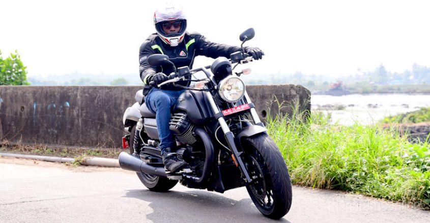 moto-guzzi-audace-test-ride-4