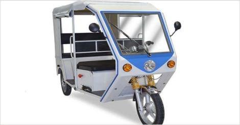 R6 Electric Rickshaw