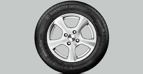 manchester united tyres