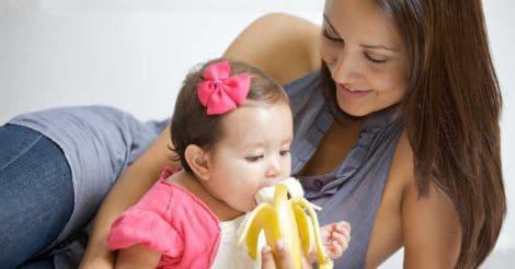baby-eating-banana