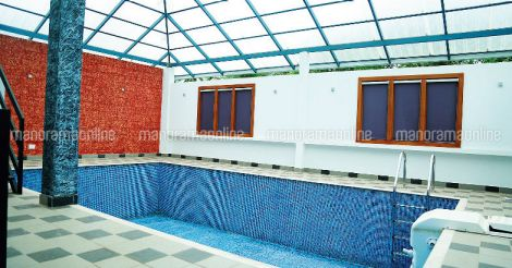 colonial-traditonal-fusion-house-pool