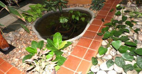 sidhartha-courtyard