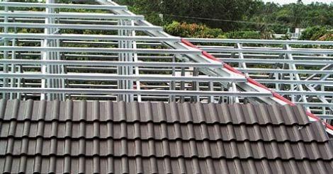 3601105839-roof-water-leaking