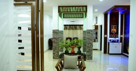 traditional-house-kanjirappally-courtyard