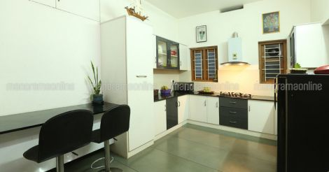 green-home-calicut-kitchen