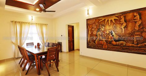 traditional-house-perinthalmanna-dining