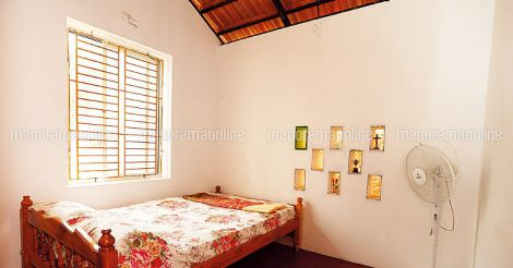 4.5lakh-house-thalassery-bedroom