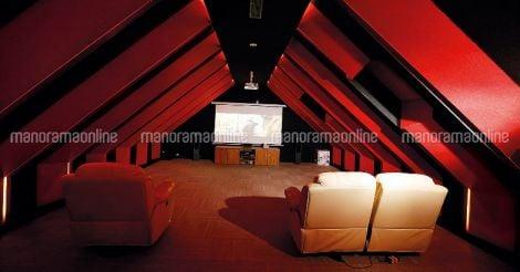 nalanda-luxury-home-theatre