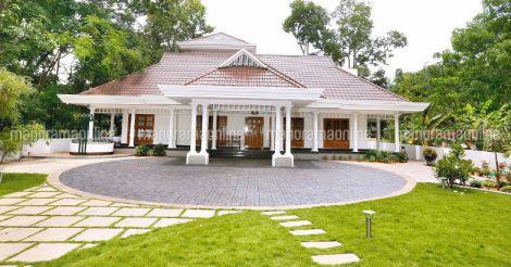 traditional-house-chingavanam