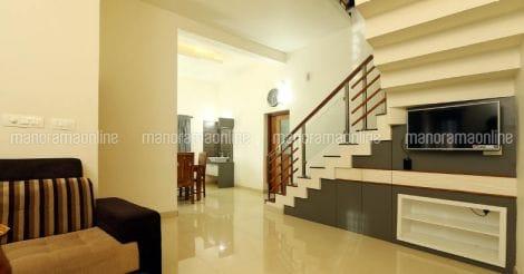 23-lakh-home-stair-storage