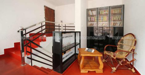 10-cent-25-lakh-library