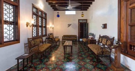 renovated-home-kannur-hall