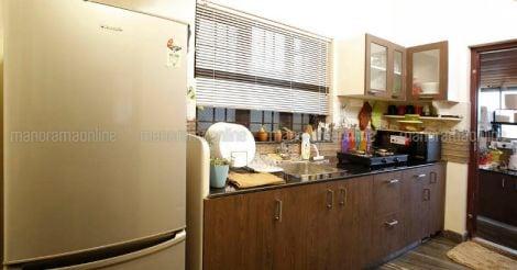 25-lakh-home-kuttikatur-kitchen