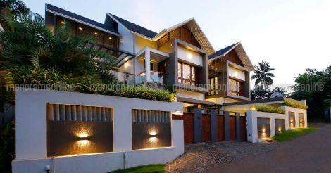 shoranur-house-exterior