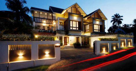 shoranur-house-nightview