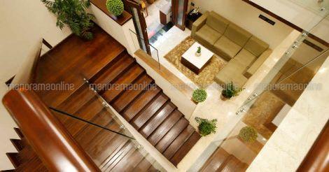 shoranur-house-stair