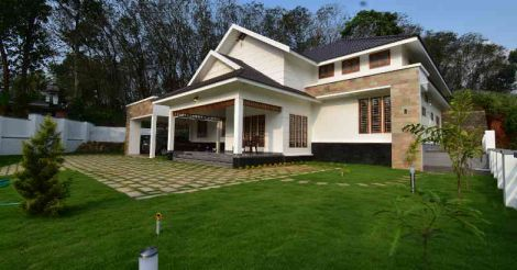 Muvattupuzha-home-lawn