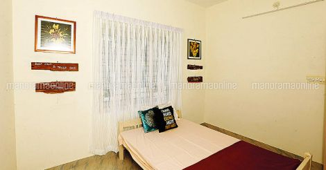 7-lakh-house-bed