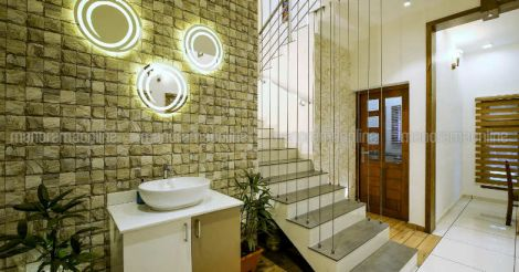 30-lakh-home-stair
