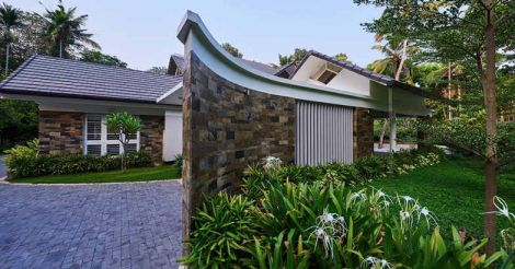 garden-home-wall