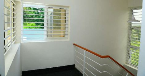 21-lakh-house-stair