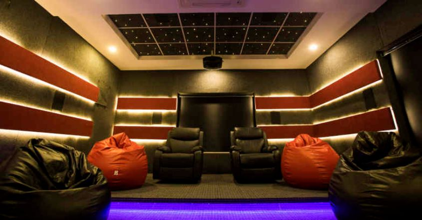 luxury-home-home-theatre