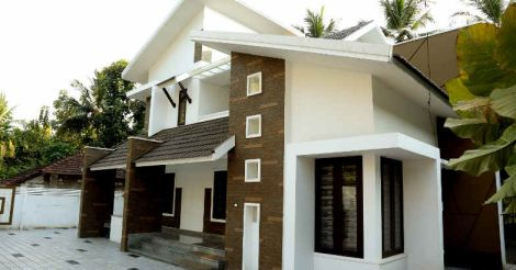 nilambur-house-sideview