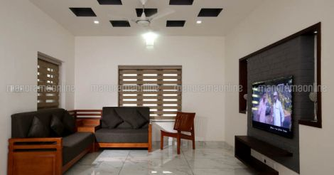 ponnani-house-living