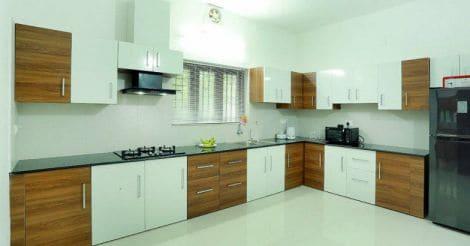 kodungaloor-house-kitchen