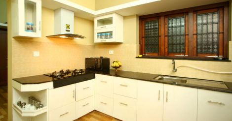 small-plot-kitchen