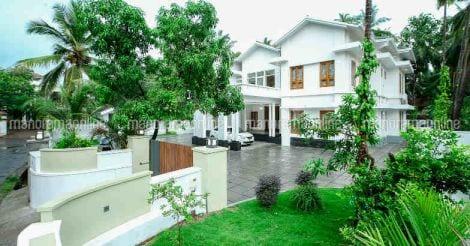 kannur-home-landscape