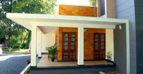 35-lakh-home-porch
