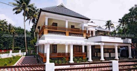courtyard-home-perumbavoor
