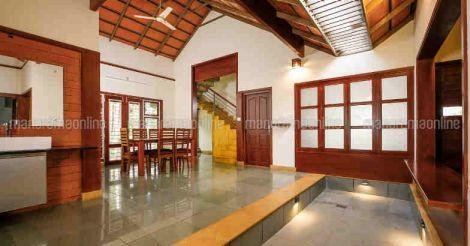 28-lakh-home-courtyard