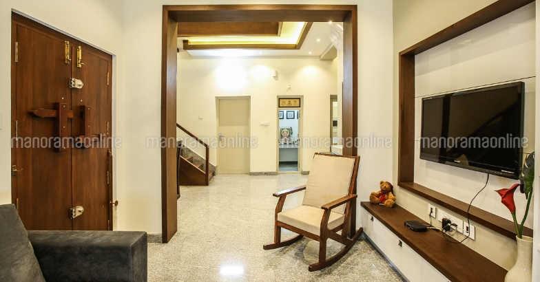 renovated-home-hall