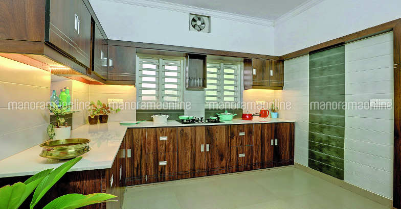 27-lakh-home-payyoli-kitchen