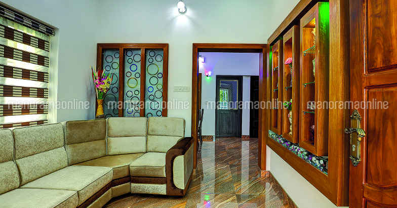 30-lakh-home-angamaly-living