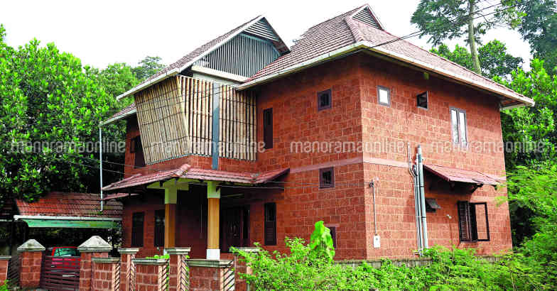 34-lakh-house-exterior-view