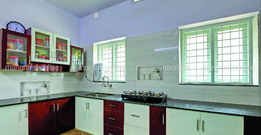 35-lakh-house-plan-angamali-kitchen